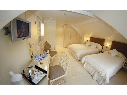 Triple Room Hotel Earls Court London