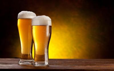 For online orders above £30, Shad Indian Restaurant and Takeaway offers a serving of Indian Beer!